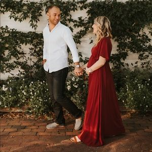 Burgundy Chiffon Bell Sleeve Maxi Maternity dress